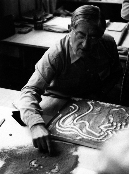1950_Josef_Albers_basic_sculpture_course_at_Yale_University_ca._1950