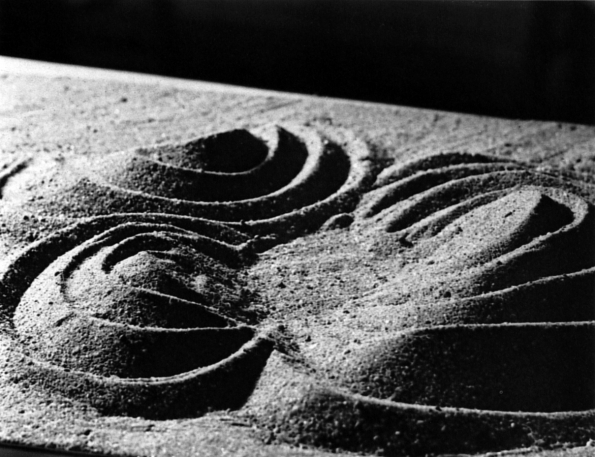 1950_Robert_Engman_Sand_study_at_the_basic_sculpture_course_teached_by_Josef_Albers_at_Yale_University_ca._1950_02