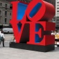 Robert_Indiana___Love_sculpture60035