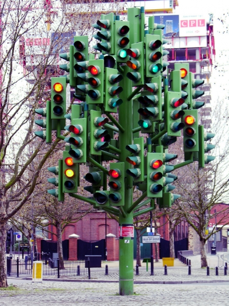 1998_Pierre_Vivant_The_traffic_light_tree_London_1998