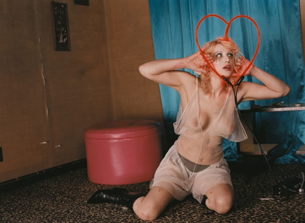 2003_David_LaChapelle_The_Courtney_Love_Sessions_#1_2003