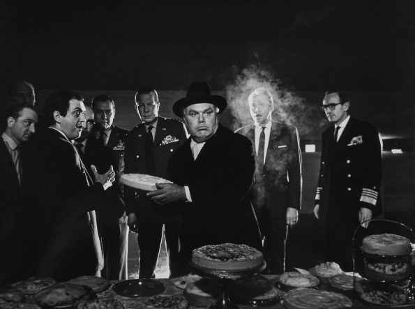 Stanley_Kubrick_Dr_Strangelove_1963_deleted_pie_fight_sequence_02