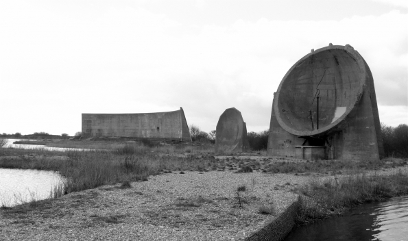 acoustic_mirror_Dungeness_01